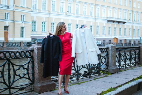 Логотип компании Женская дизайнерская одежда от салона-ателье Ольги Тихомировой | ot-fashion
